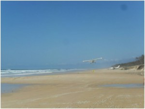 aircraft-on-a-signtseeing-tour-of-fraser-island